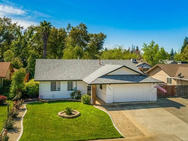 1831 Silverfield Loop, Redding, CA 96002 (#20-1501) :: Wise House Realty