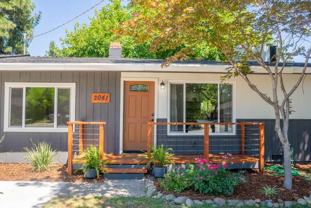 2041 Athens Ave, Redding, CA 96001 (#20-3203) :: Wise House Realty