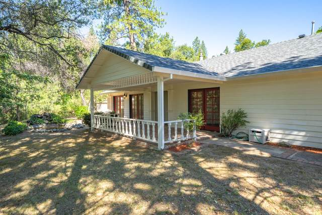 17618 Yellow Pine Ave, Shasta Lake, CA 96019 (#20-3222) :: Wise House Realty