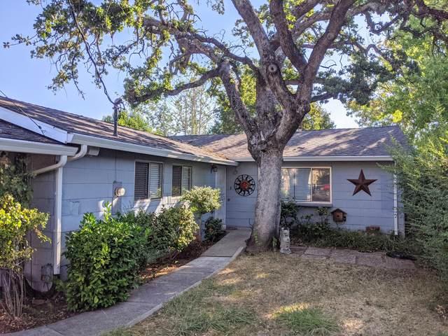 1545 Oak St, Redding, CA 96001 (#20-3764) :: Waterman Real Estate
