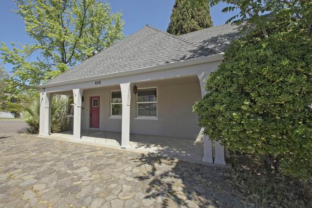 658 Rio St, Red Bluff, CA 96080 (#21-1689) :: Waterman Real Estate