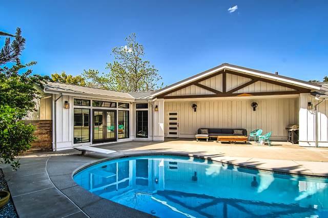 900 Sierra Vista Dr, Redding, CA 96001 (#21-1806) :: Coldwell Banker C&C Properties
