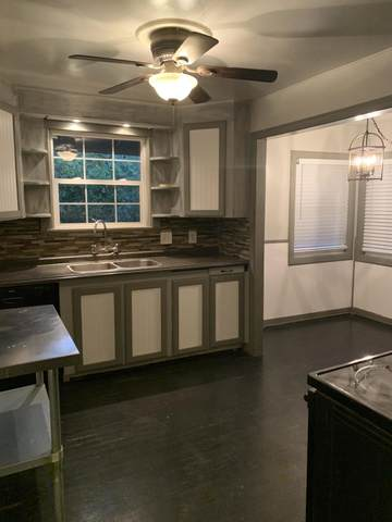 4690 Meade St, Shasta Lake, CA 96019 (#21-2203) :: Real Living Real Estate Professionals, Inc.