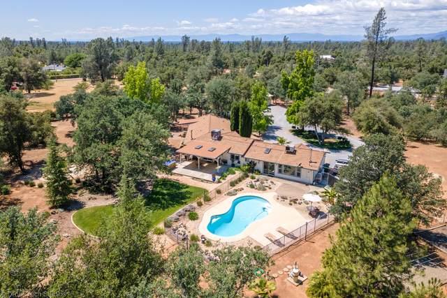 10141 Road Runner Way, Redding, CA 96003 (#21-2428) :: Vista Real Estate