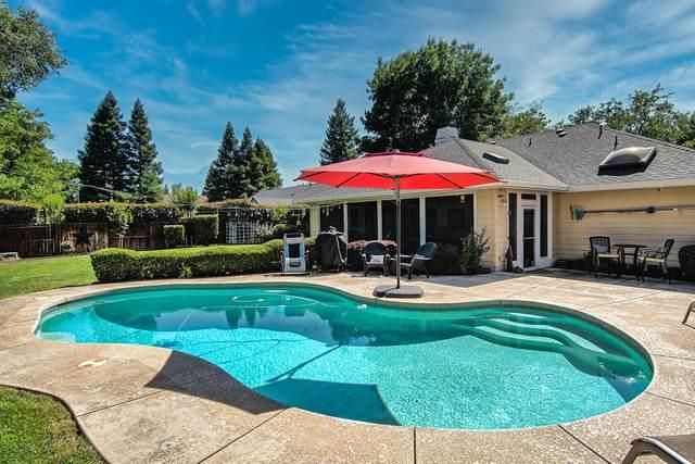 4663 Saint Charles Dr, Redding, CA 96002 (#21-2566) :: Real Living Real Estate Professionals, Inc.