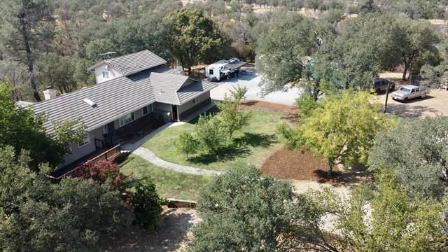 9308 Redtail Ln, Palo Cedro, CA 96073 (#21-2725) :: Vista Real Estate