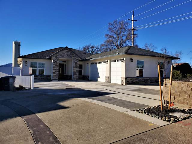 808 River Bend Rd, Redding, CA 96003 (#21-295) :: Wise House Realty