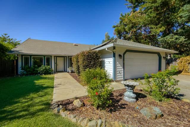 3385 Pioneer Ln, Redding, CA 96001 (#21-3032) :: Real Living Real Estate Professionals, Inc.