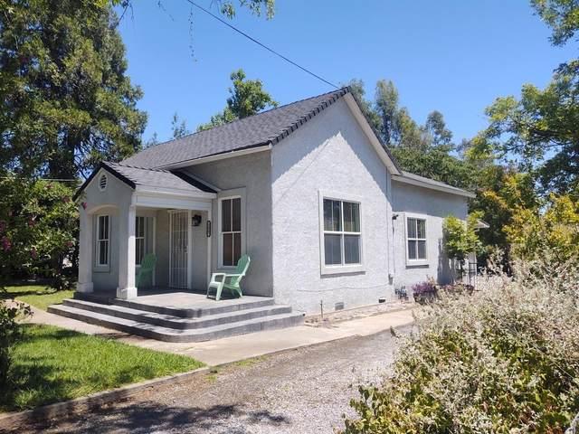 3427 Willow St, Cottonwood, CA 96022 (#21-3103) :: Vista Real Estate