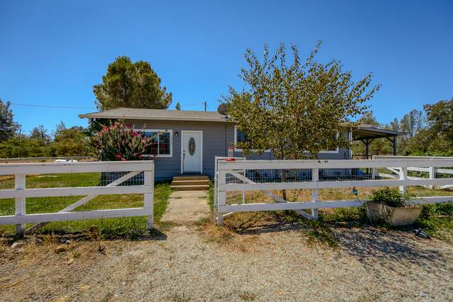 16725 Bunny Ln, Anderson, CA 96007 (#21-3523) :: Coldwell Banker C&C Properties