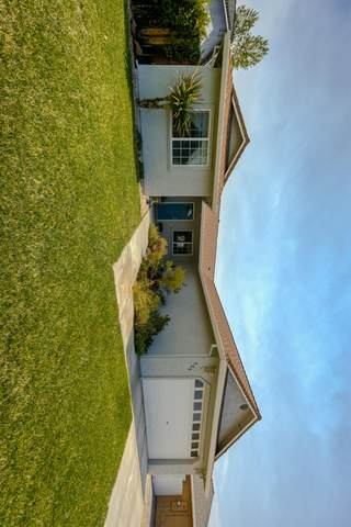 725 Larie Ln, Red Bluff, CA 96080 (#21-3616) :: Real Living Real Estate Professionals, Inc.