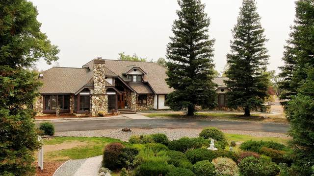 12691 River Hills Dr, Bella Vista, CA 96008 (#21-3905) :: Vista Real Estate
