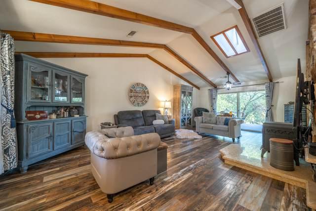 13603 Lynda Lynn Way, Redding, CA 96003 (#21-4442) :: Waterman Real Estate