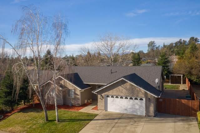 3220 Wandsworth Dr, Shasta Lake, CA 96019 (#21-5) :: Vista Real Estate