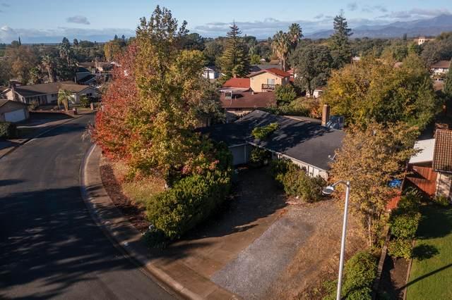 2572 Velia St, Redding, CA 96002 (#21-5035) :: Coldwell Banker C&C Properties