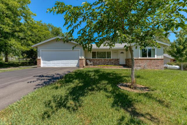 21768 Belmont Dr, Palo Cedro, CA 96073 (#19-3371) :: The Doug Juenke Home Selling Team