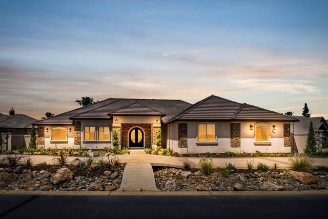879 Santa Cruz Dr, Redding, CA 96003 (#21-2121) :: Real Living Real Estate Professionals, Inc.