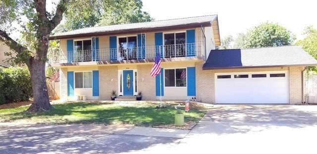 404 Woodacre Dr, Redding, CA 96002 (#21-2490) :: Real Living Real Estate Professionals, Inc.