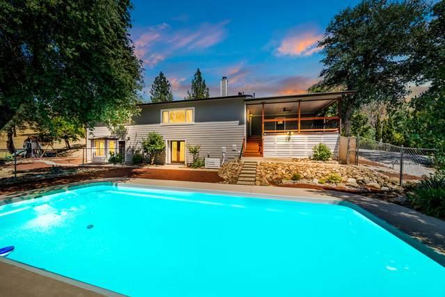 7788 Justice Mine Rd, Redding, CA 96001 (#21-2529) :: Real Living Real Estate Professionals, Inc.