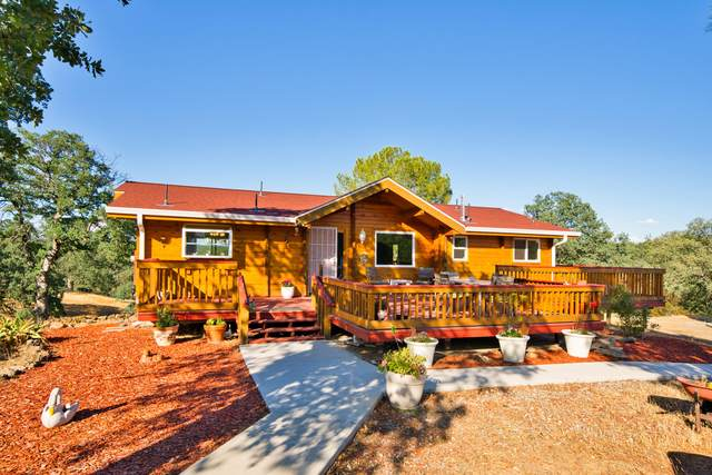 21285 Meadowgate Dr., Red Bluff, CA 96080 (#21-2783) :: Real Living Real Estate Professionals, Inc.