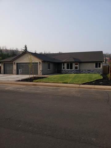 3156 Lake Redding Dr, Redding, CA 96003 (#20-1940) :: Waterman Real Estate