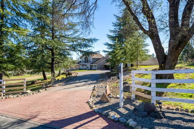 16175 Montgomery Ranch Rd, Redding, CA 96001 (#20-422) :: Wise House Realty