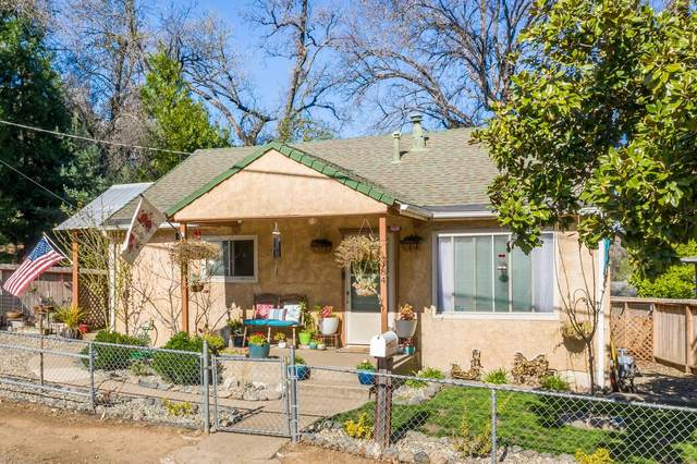 1384 Diamond St, Anderson, CA 96007 (#21-1320) :: Real Living Real Estate Professionals, Inc.