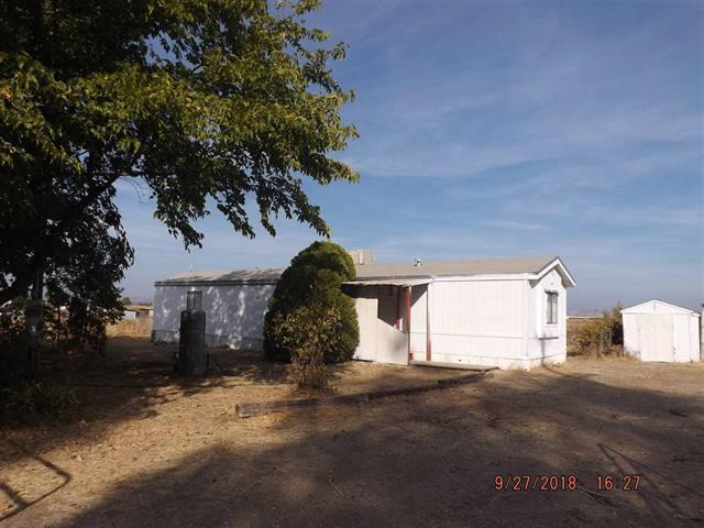 10660 Cody Dr, Red Bluff, CA 96080 (#18-6222) :: 530 Realty Group