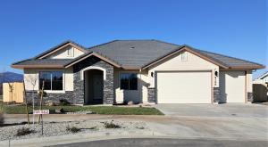 918 Katmai Pl,  Lot 20, Redding, CA 96001 (#19-2988) :: The Doug Juenke Home Selling Team