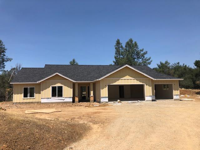 9055 Laurel Glen Drive, Redding, CA 96001 (#19-3823) :: Wise House Realty