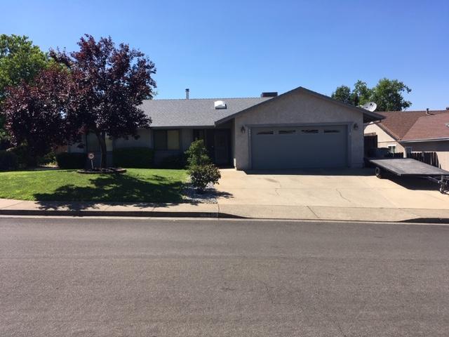 300 Springer Dr, Redding, CA 96003 (#19-4424) :: The Doug Juenke Home Selling Team