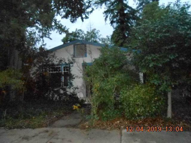 1010 California St, Redding, CA 96001 (#19-6222) :: Wise House Realty