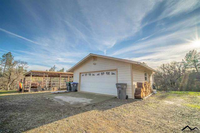 16960 Big Pines Rd, Cottonwood, CA 96022 (#20-226) :: Wise House Realty