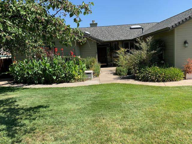 1225 River Ridge Road, Redding, CA 96003 (#20-3869) :: Wise House Realty