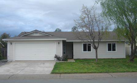 4370 Starthmore Dr, Redding, CA 96002 (#20-4012) :: Real Living Real Estate Professionals, Inc.