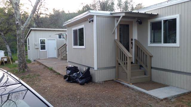 13784 Lake Blvd, Shasta Lake, CA 96019 (#20-4548) :: Real Living Real Estate Professionals, Inc.