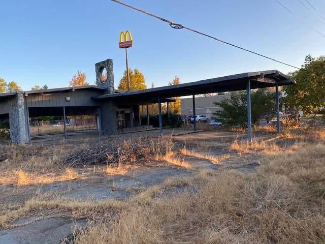 1661 Cascade Blvd, Shasta Lake, CA 96019 (#20-5465) :: Waterman Real Estate