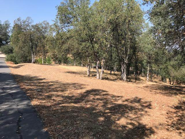 11621 Wilvern Ln, Redding, CA 96003 (#21-2312) :: Wise House Realty