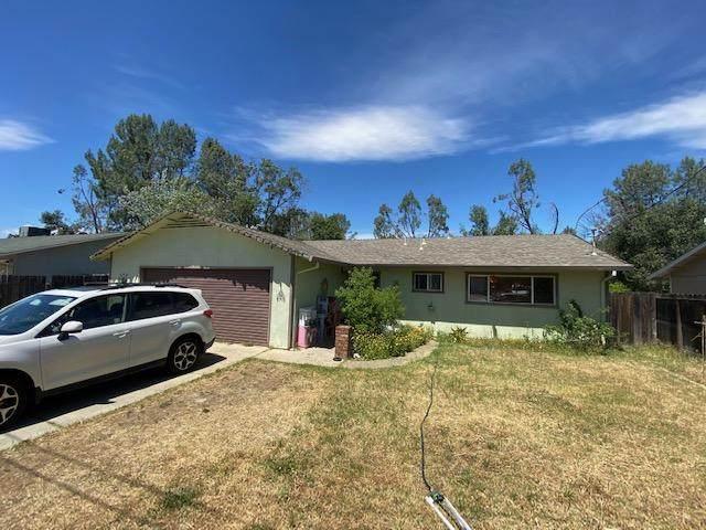 4410 Melody Ln., Redding, CA 96001 (#21-2543) :: Waterman Real Estate