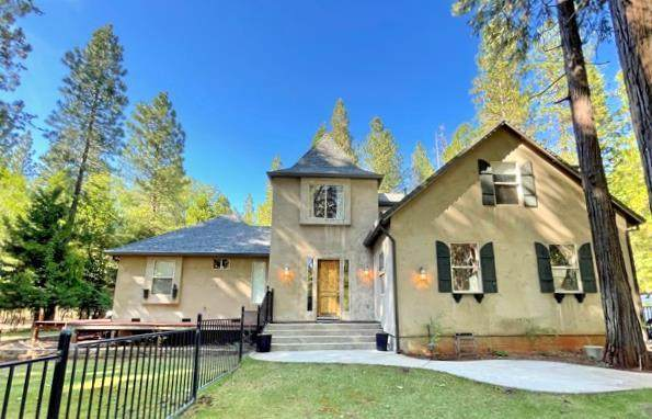 29990 Wengler Hill Rd, Shingletown, CA 96088 (#21-2857) :: Wise House Realty