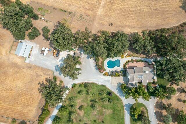 23848 Springwood Way, Millville, CA 96062 (#21-4471) :: Wise House Realty