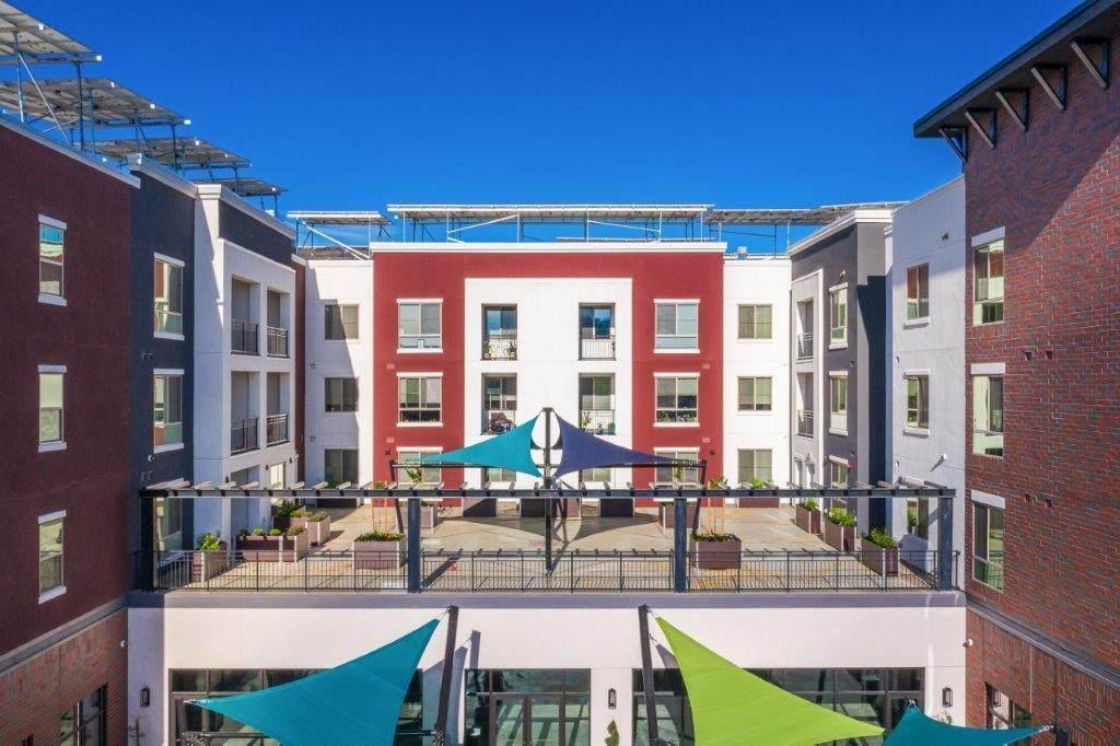 1551 Market Street, Suite J - Photo 1