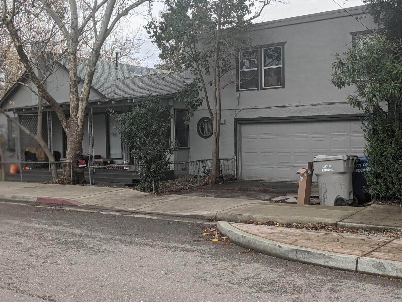 2841 Leland Ave - Photo 1