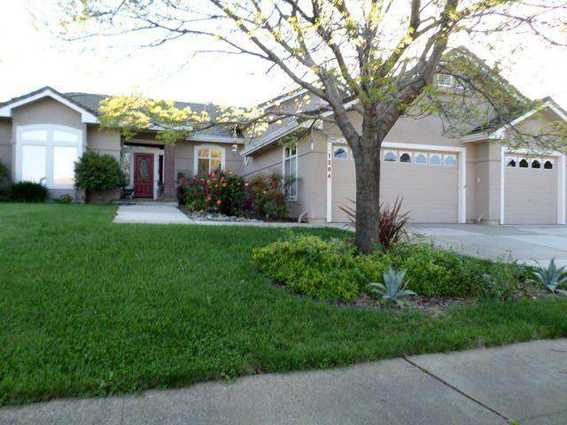 1264 River Ridge Dr, Redding, CA 96003 (#21-762) :: Wise House Realty