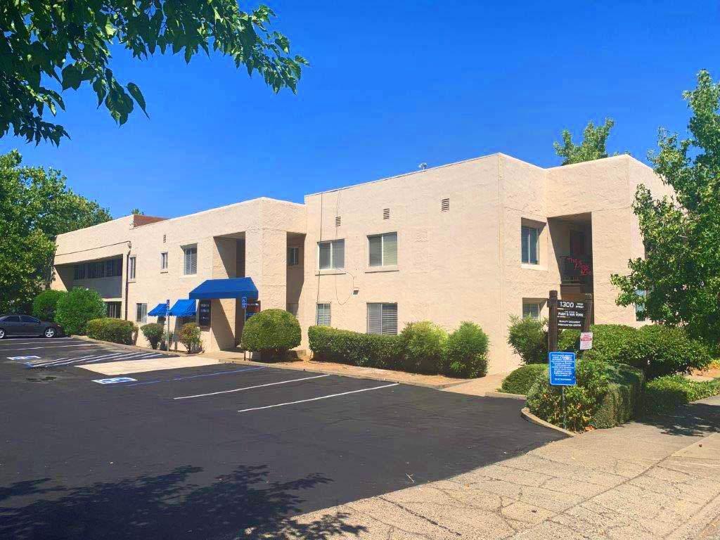 1300 West St., Suite 2 - Photo 1
