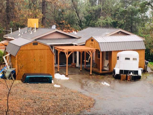 21911 Lakeshore Dr, Lakehead, CA 96051 (#19-6148) :: Waterman Real Estate
