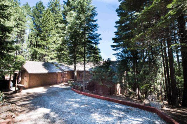 7426 Shasta Forest Dr, Shingletown, CA 96088 (#20-2811) :: Real Living Real Estate Professionals, Inc.