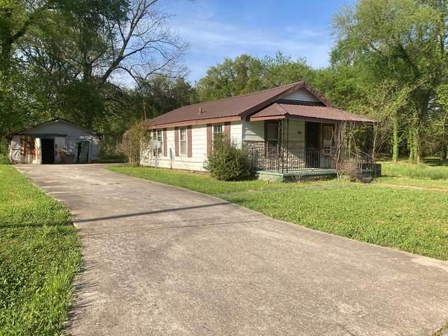 1119 8th St E, Tuscumbia, AL 35674 (MLS #167293) :: MarMac Real Estate