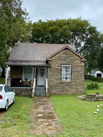 201 Madison Ave, Sheffield, AL 35660 (MLS #167582) :: MarMac Real Estate