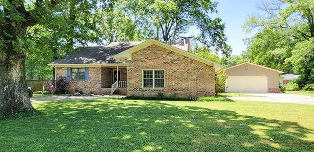 104 Glenn Dr, Moulton, AL 35650 (MLS #167728) :: MarMac Real Estate